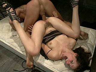 Bobbi Starr seizes her holes destroyed
