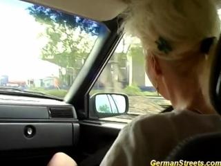 German is utterly screwed in car washing