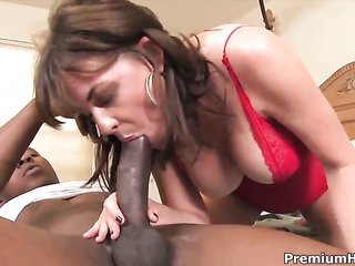 Bella Roxxx longs for the way fuck golf club makes its way impossible inward her damp pansy