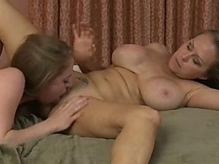sapphic sweety - Dyanna Lauren and Kiera Kelly