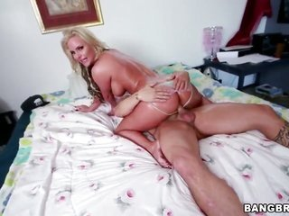 Phoenix Marie with all through bum spends time doing it with gorgeous boy