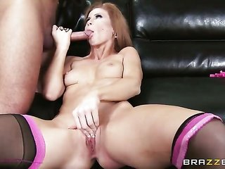 Keiran Lee obtains thrill from fucking exceedingly sexual Brooklyn Lees throat