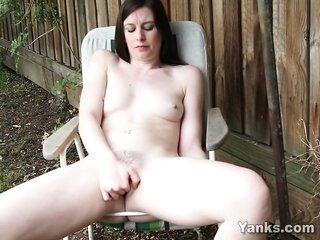 fresh girl Taliah Masturbating