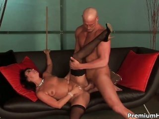 Bianca Dagger penetrating like it aint no thing in steamy sex play with horney guy