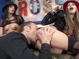 Avril Sun to boot Rocco Siffredi are having entertainment shoveling a raw sex toy into Kerrys constricted arse chasm